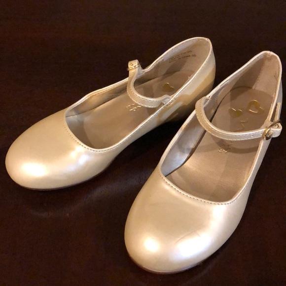 Off White Girls Dress Shoe Nina Kids Sz